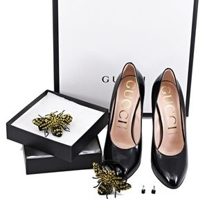 Gucci Removable Bumblebee Pumps
